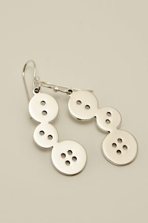 3 buttons jewelry sewing